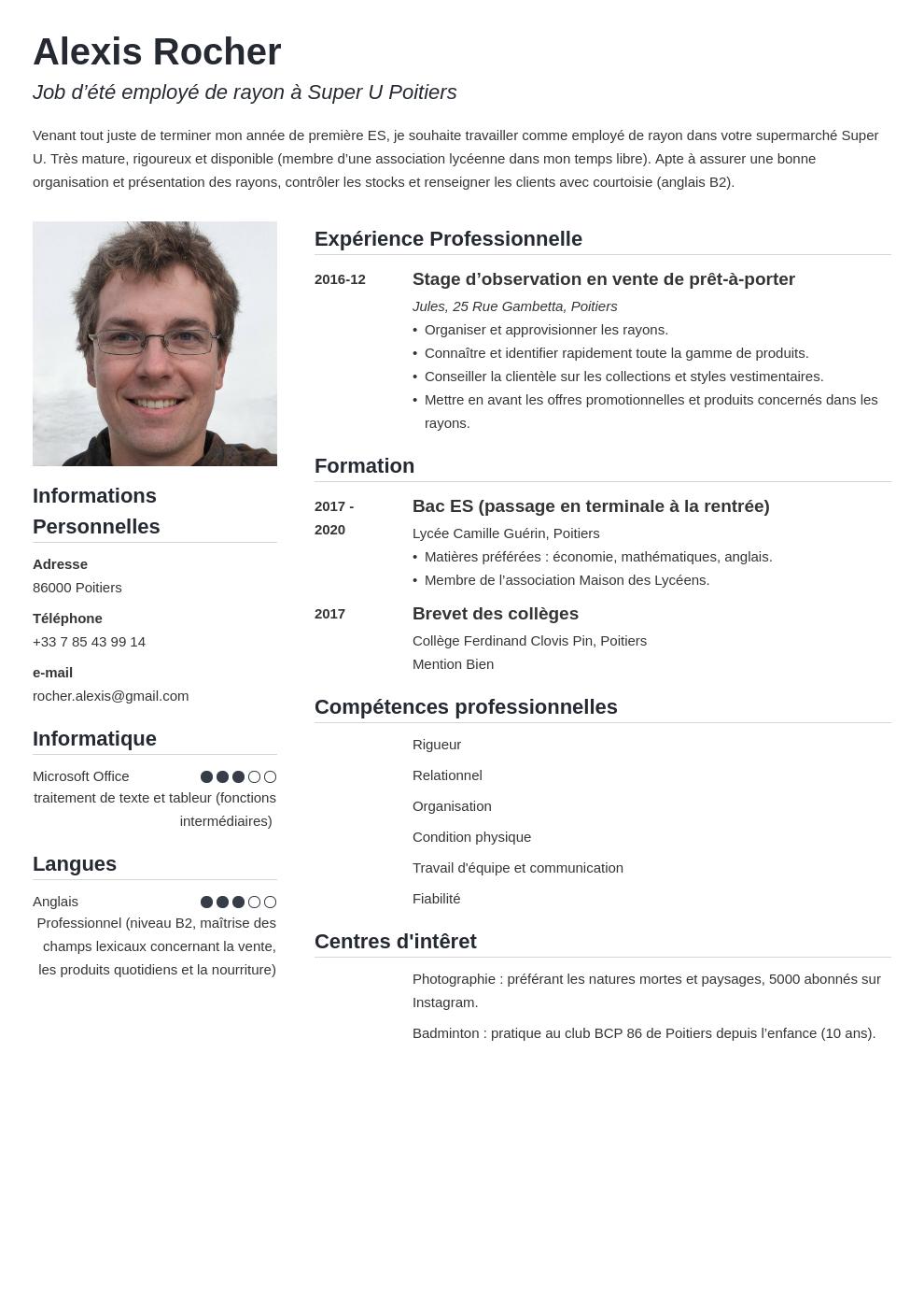CV job d'été : exemple gratuit pour trouver un emploi cet été
