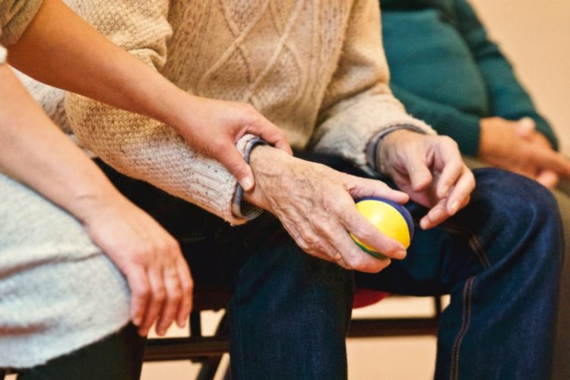 Modèle de CV aide-soignante (expérimentée ou débutante)