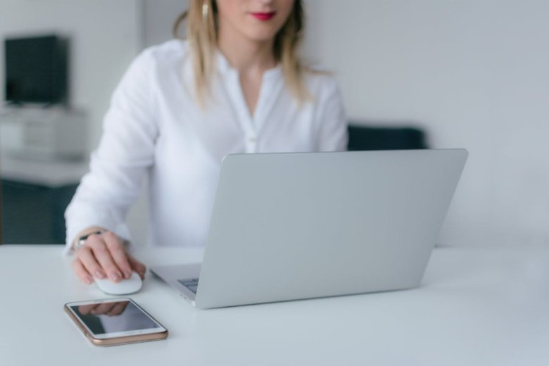 Exemple de CV de commercial(e) pour 2021 (+ compétences)
