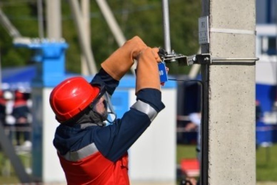 Modèle de CV électricien : exemples pour tout niveau / secteur
