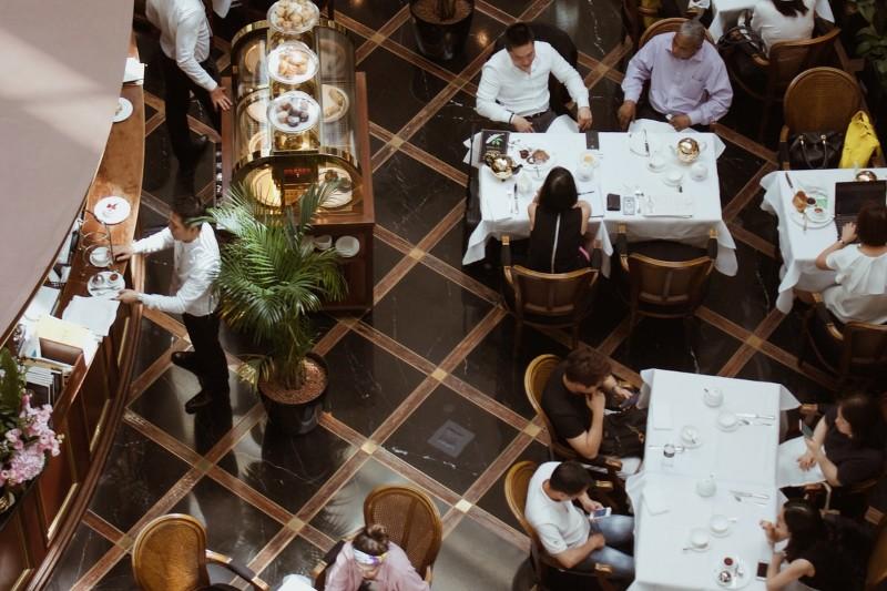 CV restauration - hôtellerie : 10+ exemples tous niveaux