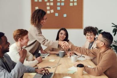 Lettre de motivation manager : +10 exemples [interne ou non]
