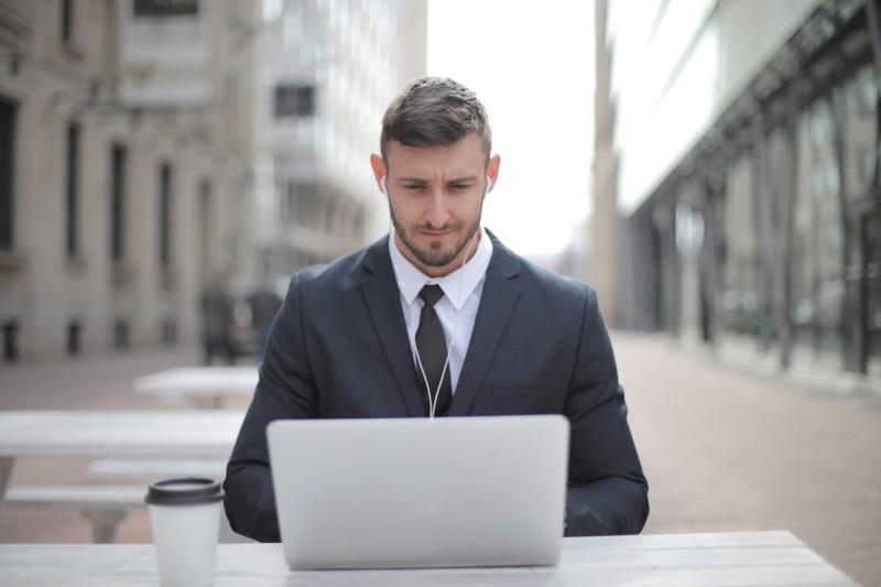 CV gratuit à imprimer : top 14modèles + conseils d'impression
