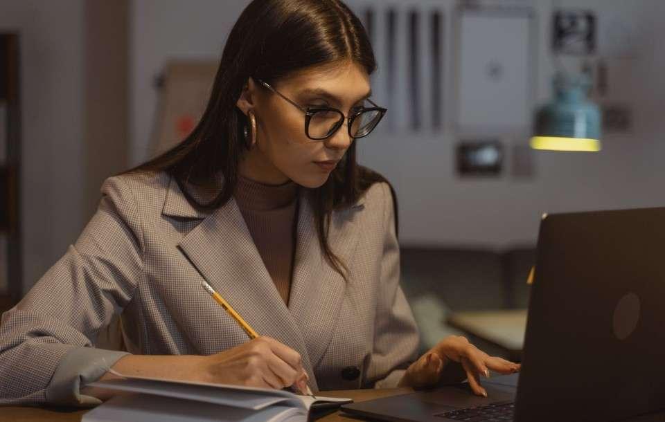 100 qualités à mettre sur son CV en 2021 pour se différencier